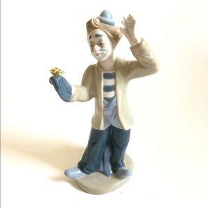 Porcelain clown by Paul Sebastian; made in Mexico